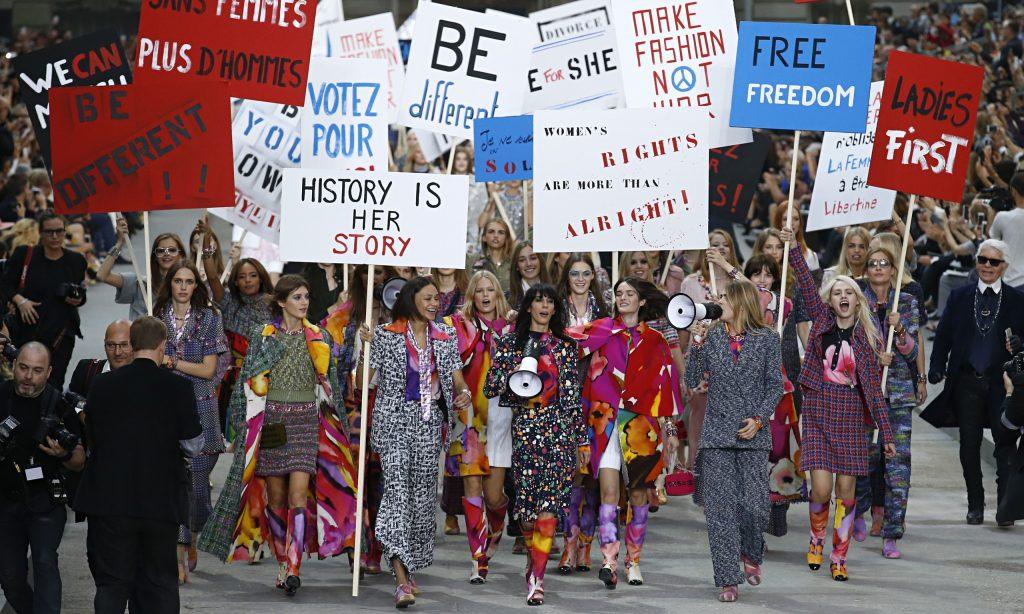 """""""La 'manifestación' feminista de Chanel en 2014""""."""